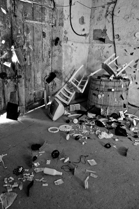 blow-up art installation ago2012 B&W